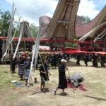 Toraja_Beerdigung_Prozession