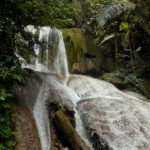 Tentena_Wasserfall_fliesst