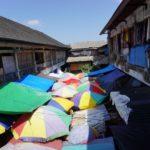 Bali_Ubud_Markt_Sonnenschirme